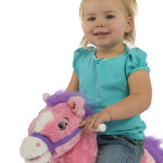 Candy 2-in-1 Pony has a realistic mane and tail