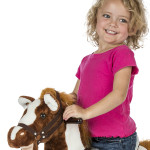 """Patriot Rocking Horse sings the """"I'm a Little Pony"""" song and says 2 talking phrases"""