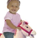 Cupcake 2-in-1 Pony features soft, huggable plush and a realistic mane and tail